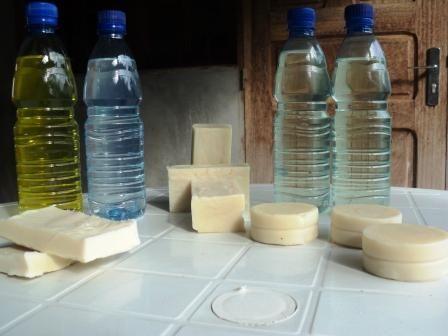 savons et détergents produits a libreville au gabon