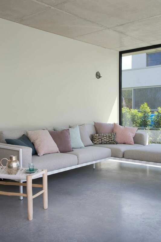 sofa-poolhouse