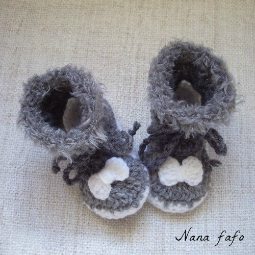 Chaussons-bebe-bottines-grises