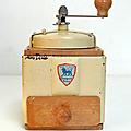 Vintage ... moulin à café peugeot * manivelle