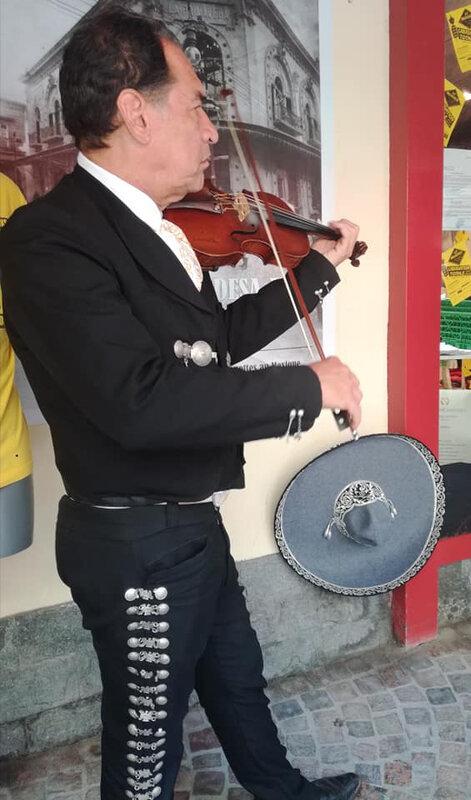 Fêtes latino-mexicaines, dans les rues de Barcelonette, à la rencontre des mariachis - 6