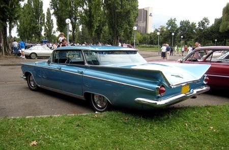 Buick_electra_hardtop_sedan_de_1959__Retrorencard__02