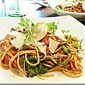 Spaghetti sauce arrabbiata, chorizo, fenouil, roquette