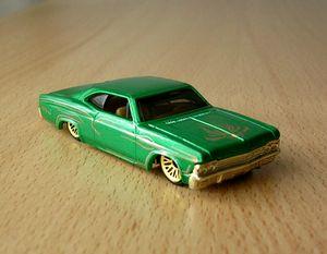 Chevrolet impala 1965 -Hotwheels- 01