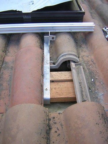 fixation des supports des rails des panneaux 01