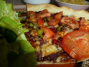 Pizza with Onion Confit (2)