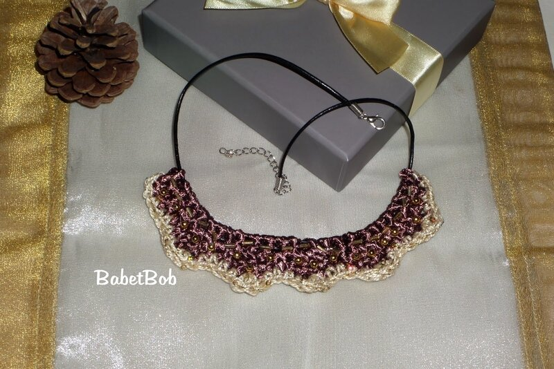 collier au crochet (3).JPG