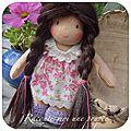 Mikie mini poupée waldorf