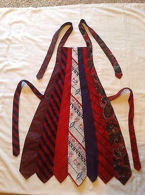 Tablier-cravattes