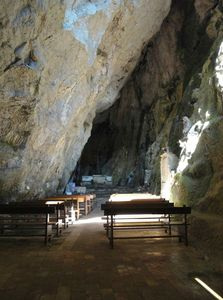 Grotte Eglise