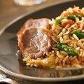 Filet mignon au riz et asperges.