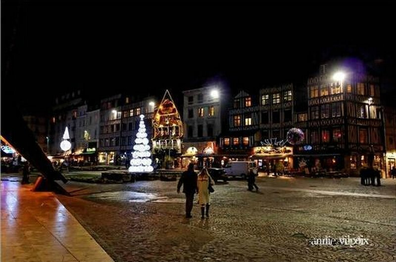 rouen_by_night_311207_3[1]