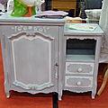 petit meuble gris patiné blanc 150 e