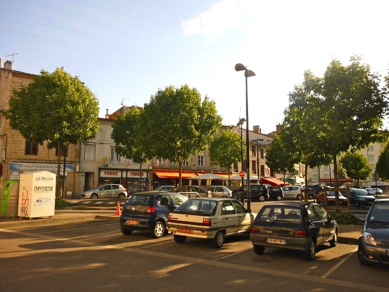 place Saint-Pierre 9 mai 2015 (15)