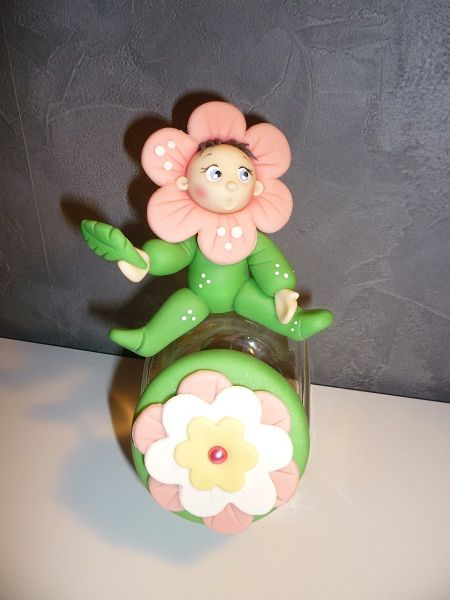 pot bébé fleur