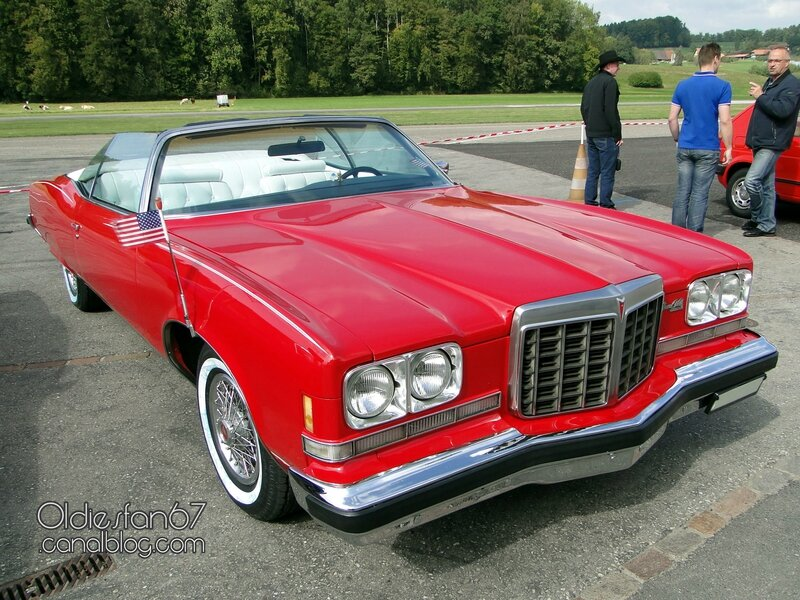 pontiac-grand-ville-convertible-1974-01