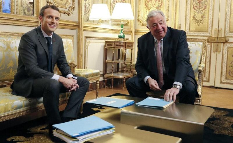 emmanuel-macron-a-deja-recu-gerard-larcher-president-du_3701339