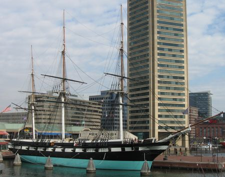 Baltimore_USS_constellation_inner_harbor
