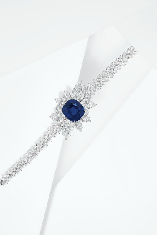 2020_NYR_18991_0170_005(an_extraordinary_sapphire_and_diamond_bracelet_d6295931030848)