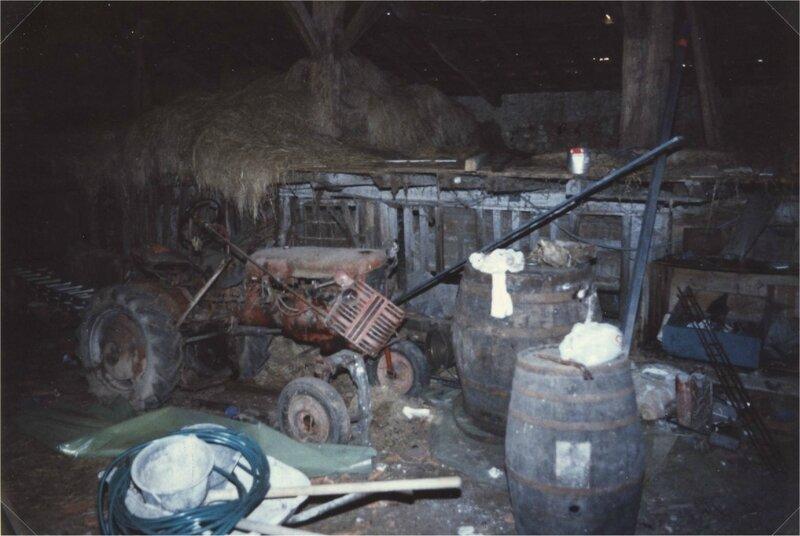 grange abandonnée aux sarthes