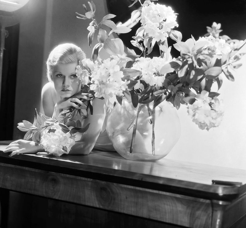 jean-1931-by_george_hurrell-1-2