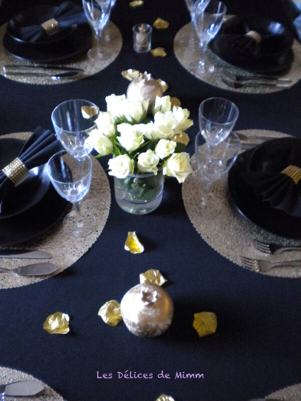 Ma table Simple et chic en noir et or
