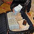 La valise mystique d'argent (valise magique)