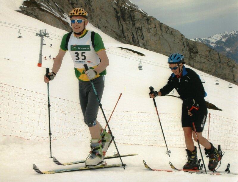 Pyrénéa 2006 montée skis de rando