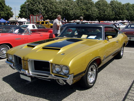 OLDSMOBILE 442 Holiday Hardtop Coupe 1971 Fun Car Show Illzach 2011 1
