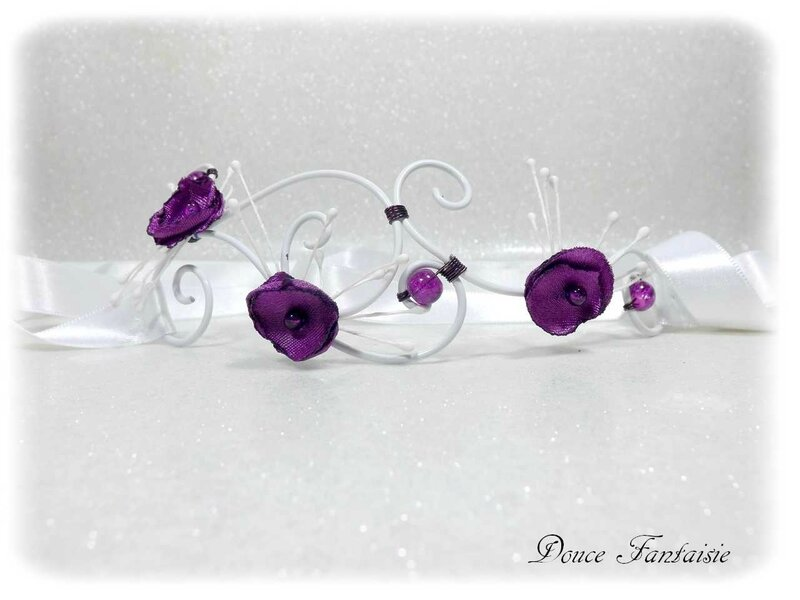 Bijou de tête mariage fil aluminium blanc violet