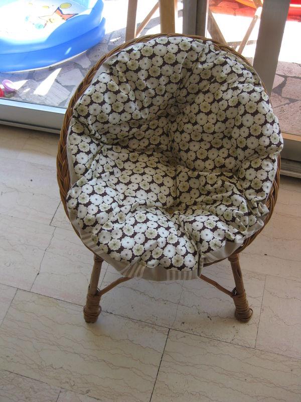 coussin pour fauteuil rond en rotin Coussin rond pour mini fauteuil rotin   Photo de mes petites  coussin pour fauteuil rond en rotin