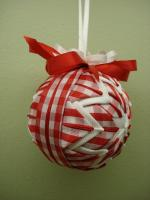 christmas-craft-ideas-christmas-ornament-video-tutorial-make-handmade-16499790741_7173b93cec_z