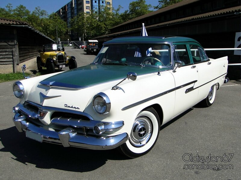dodge-kingsway-custom-sedan-1956-1