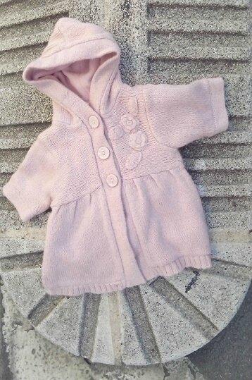 manteau tricot vieux rose