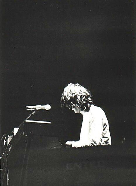 1976 12 VDGG La Mutualité Paris 04