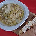 Soupe de chou-fleur, pommes de terre et bleu