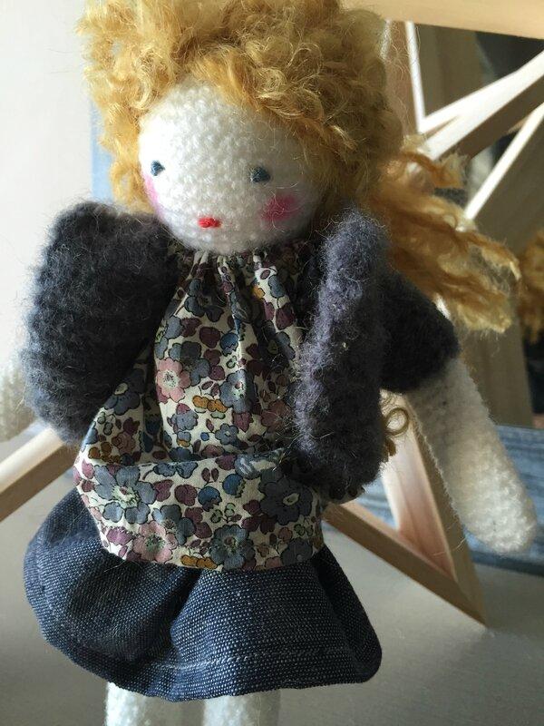 mini poupee crochet