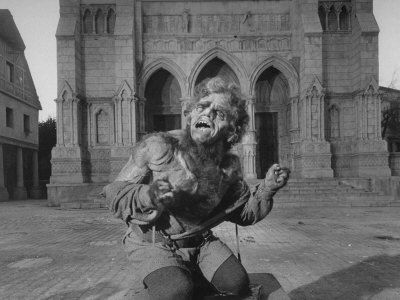 936909_James_Cagney_Playing_Lon_Chaney_in_the_Hunchback_of_Notre_Dame_for_Film_Man_of_a_Thousand_Faces_Posters