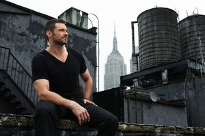 Hugh_Jackman_photoshoot_2010_hugh_jackman_16675570_640_424