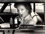 1952_hollywood_car_011_1_by_halsman_1