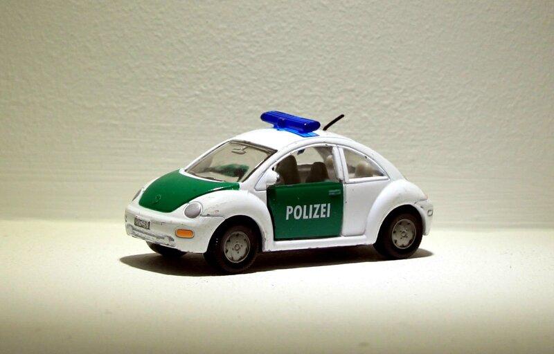 Vw beetle polizei (ref 1096-1097) Siku