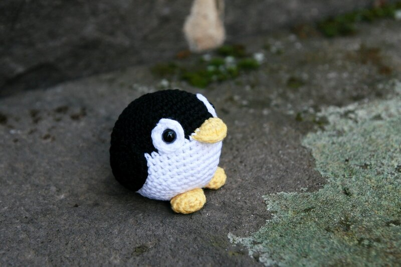 crochet_penguin_ball_slsdk