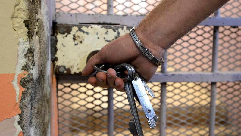 3d134250665e91ee9990dc8248e9536f-canicule-des-prisonniers-denoncent-leurs-conditions-de-vie-face-la-chaleur